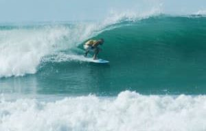 surfs-up-santa-teresa-costa-rica